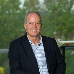 Prof John McVey  fef952fb6