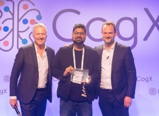 Dr Tirunagari receives the CogX award