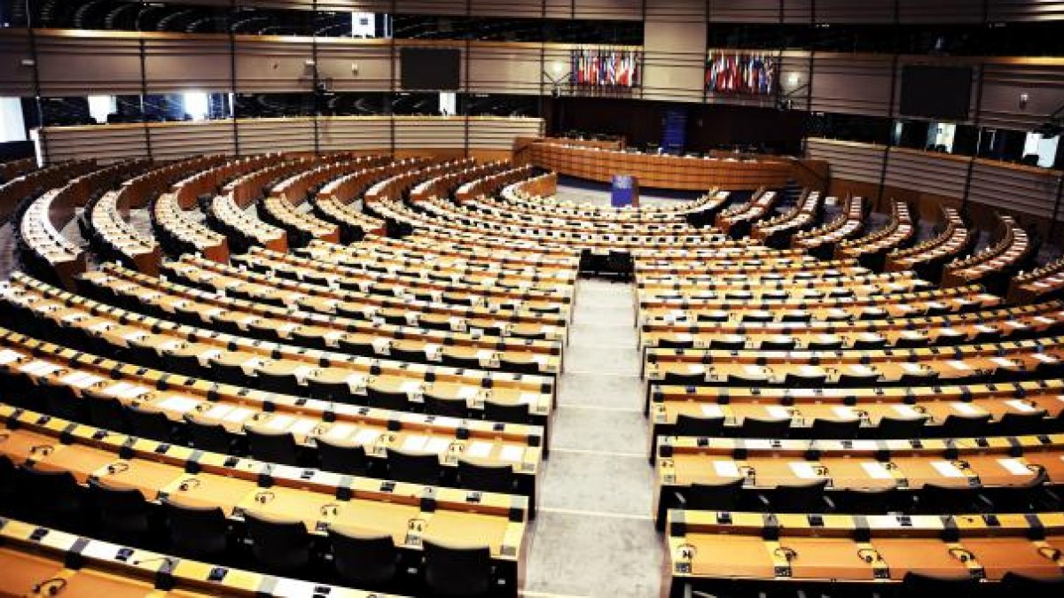 European Parliament seating.jpg