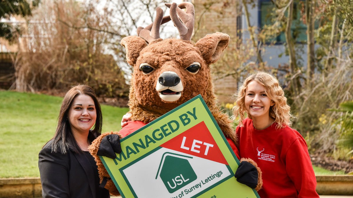 Liani Mannifield and Saskia Cochrane with Steve the Stag
