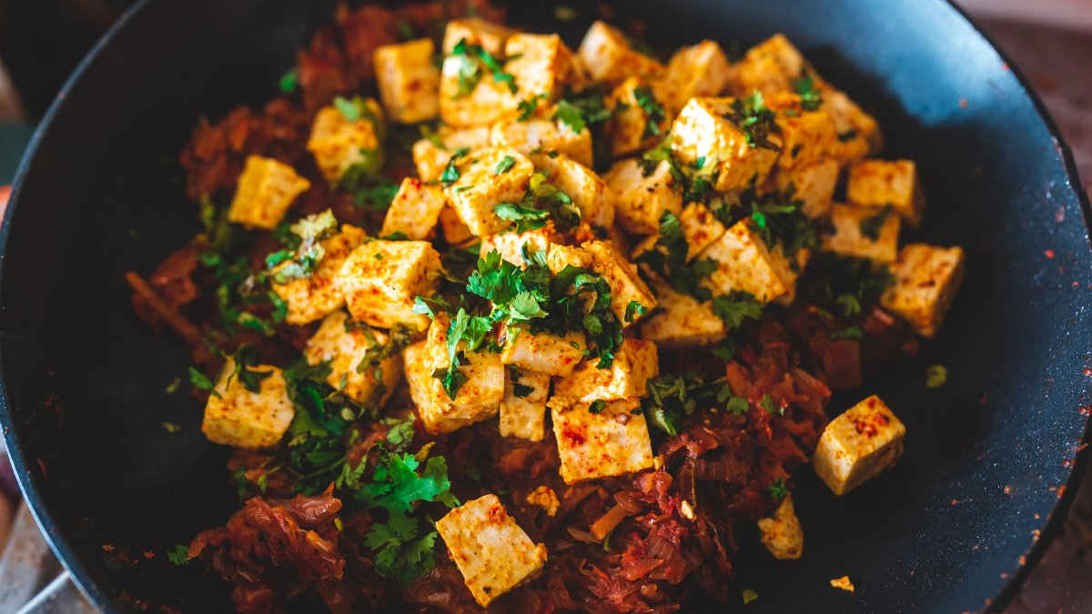 A bowl of paneer curry