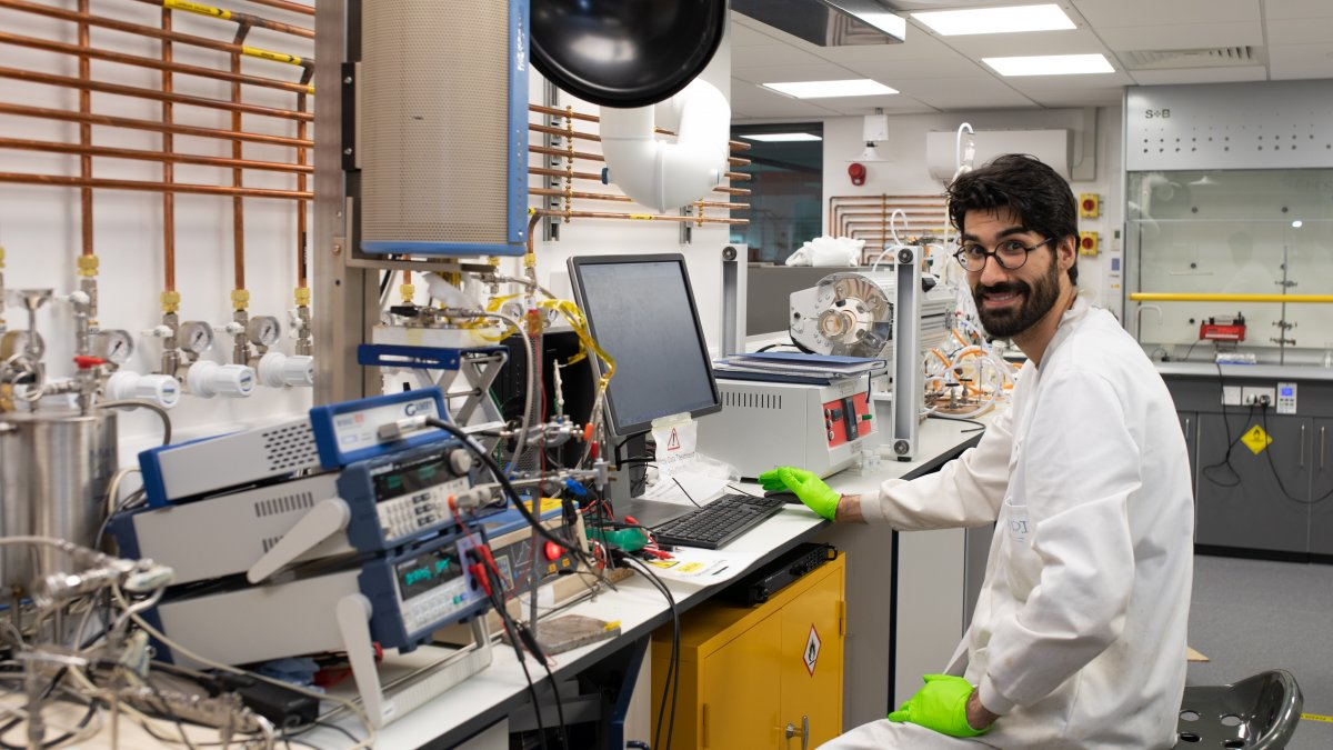 University labs back open for business | University of Surrey
